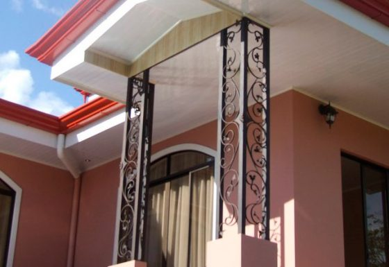 Metal designs in wrought iron