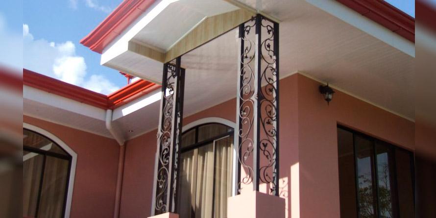 Diseños en metal de hierro labrado